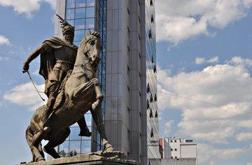 spomenik Skenderbegu, Skenderbeg