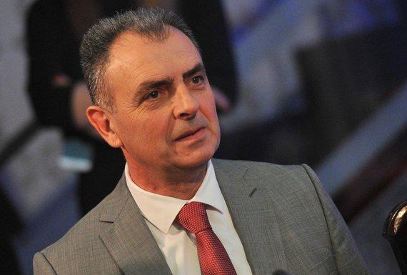 Godišnjica Vlade, Kenan Hrapović