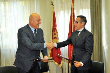 Darko RAdunović, Emanuel Salinas
