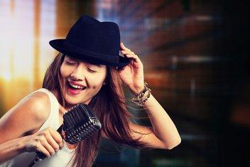 pjevačica, pjevanje, sreća