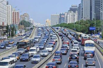 Peking, automobili