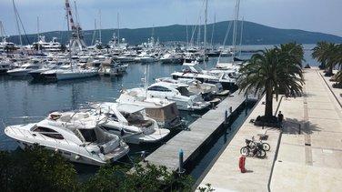 Jahte, Porto Montenegro