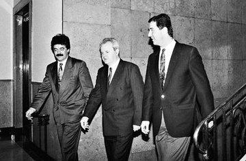 Slobodan Milošević, Milo Đukanović, Momir Bulatović (novine)