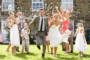 brak, vjenčanje, mladenci