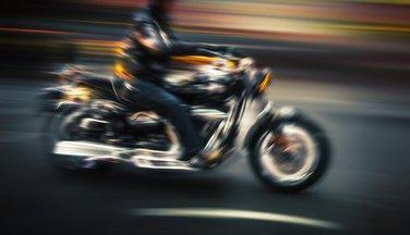 Motor, motociklista