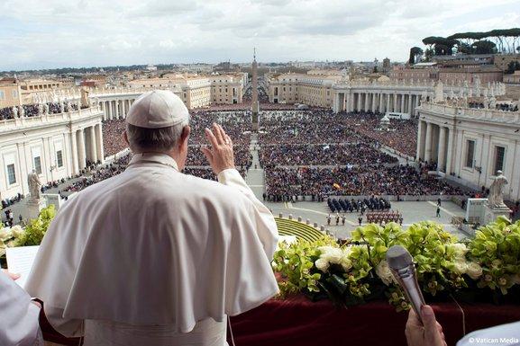 Papa Franjo, Vatikan