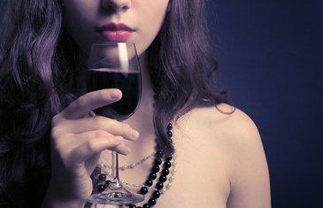 žena i alkohol