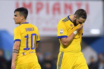 Gonsalo Iguain Paulo Dibala Juventus