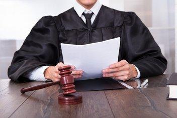 Sud, Sudija, Presuda
