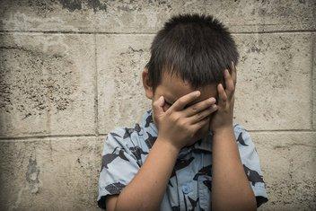 dječak, tužno dijete