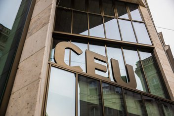 Centralno-evropski univerzitet