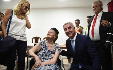 """Đukanović na otvaranju """"Crnogorske kuće"""""""
