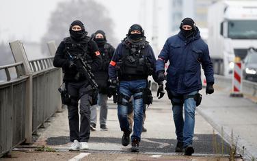 Policija u blizini francusko-njemačke granice nakon napada u Strazburu