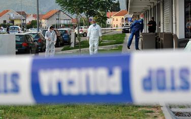 Uviđaj na mjestu gdje je ubijen Miodrag Migi Kruščić u restoranu Palata na Starom Aerodrumu