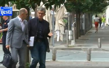 Marović (desno) sa advokatom