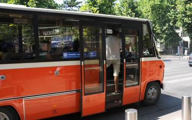 Autobusi stari i do 40 godina
