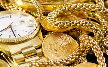 Među zaplijenjenom imovinom nalazi se skupocjeni nakit, zlato satovi (ilustracija)