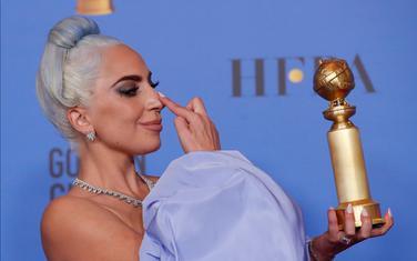 "Lejdi Gaga sa ""globuso"""