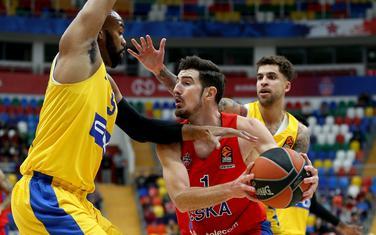 Nema prolaza: Igrači Makabija zaustavljaju Nanda de Koloa