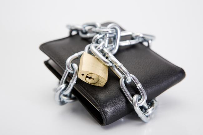 Ekonomsko nasilje, novčanik, lanac