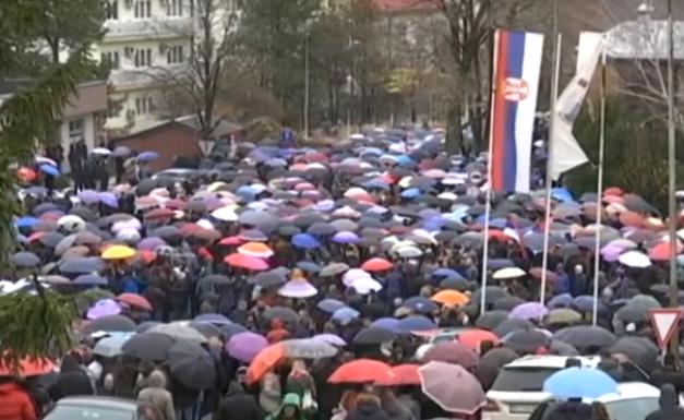 kosovska mitrovica protest