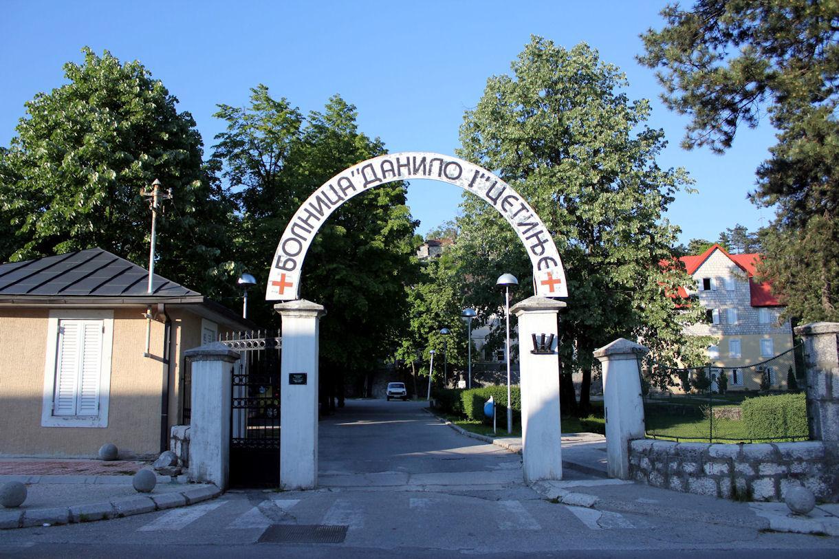 Sporni ugovori: Bolnica Danilo I