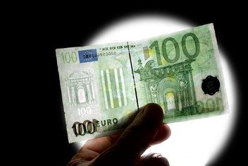 100 eura, falsifikat