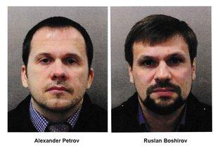 Aleksandar Petrov, Ruslan Boširov