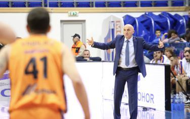 Mihailo Pavićević na utakmici sa Zadrom