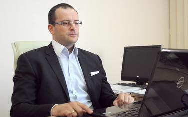 Krizni porez na zarade ima pogrešne socijalne efekte: Vukčević