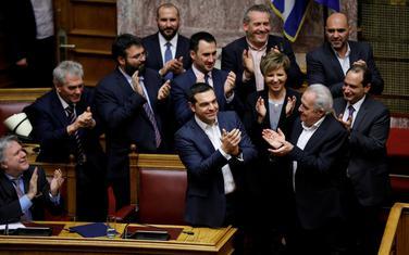 Cipras i članovi njegove vlade nakon glasanja