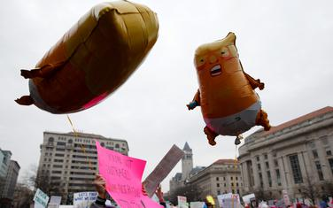 Ženski marš u gradovima širom SAD