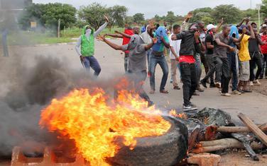 Sa protesta u glavnom gradu Zimbabvea, Harareu