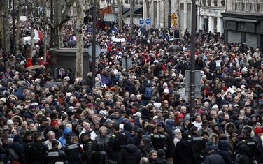 "Protest ""Crvenih marama"""