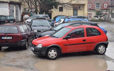 Parking u Ulici Balšića