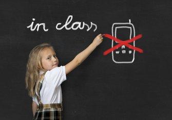 mobilni telefon škola