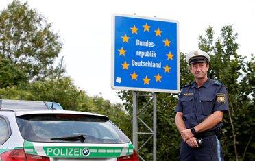 Njemačka granica, Njemačka migranti