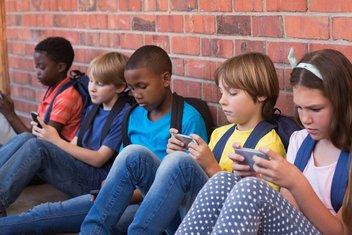 djeca mobilni