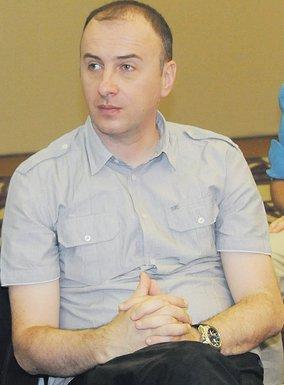 Aleksandar Perović (Novina)