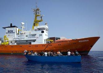 Italija, brod, migranti