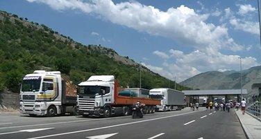 Božaj, kamioni