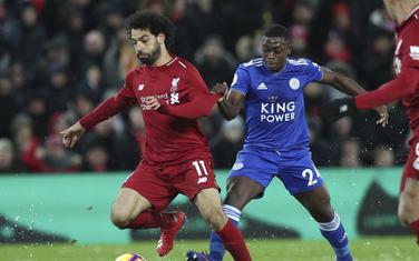 Mohamed Salah u duelu sa Mendijem