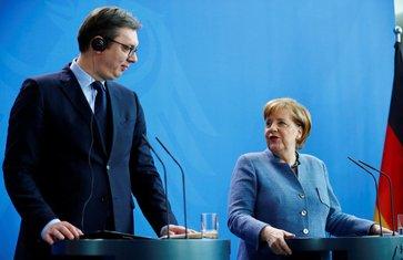 Aleksandar Vučić, Angela Merkel