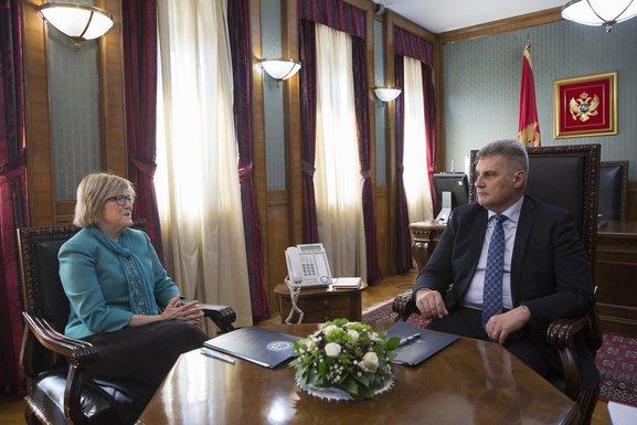 Margaret Uehara, Ivan Brajović