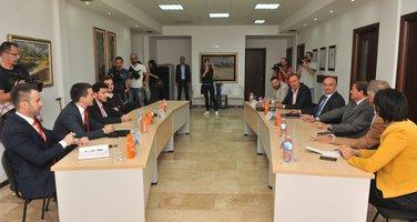 Građanska opozicija, sastanak