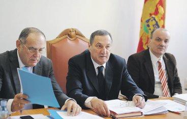 Milutin Simović, Budimir Šaranović (Novine)