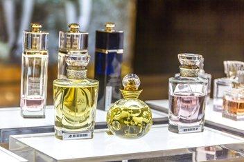 žena, parfem