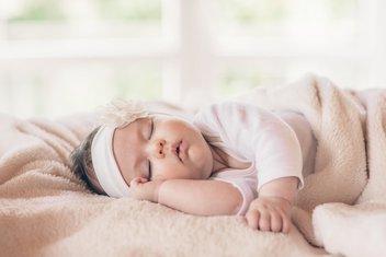 beba, spavanje