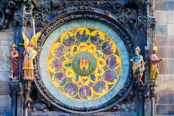 astronomski sat Prag, Mikulaš