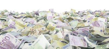 Novac, ekonomija, plate, krediti, banka
